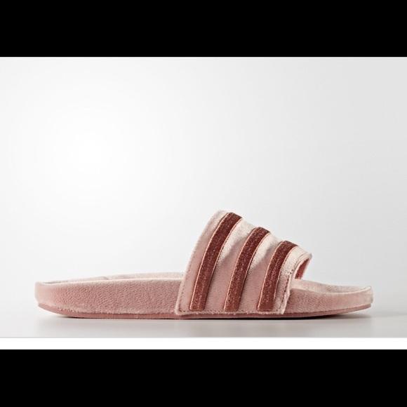 Le Adidas Nuove Donne Donne Donne Poshmark 7d39e3